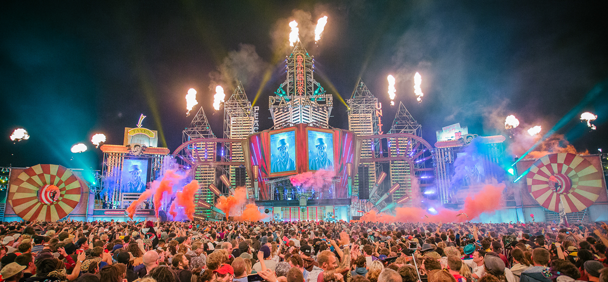 boomtown-festival-2015-review-main-banner